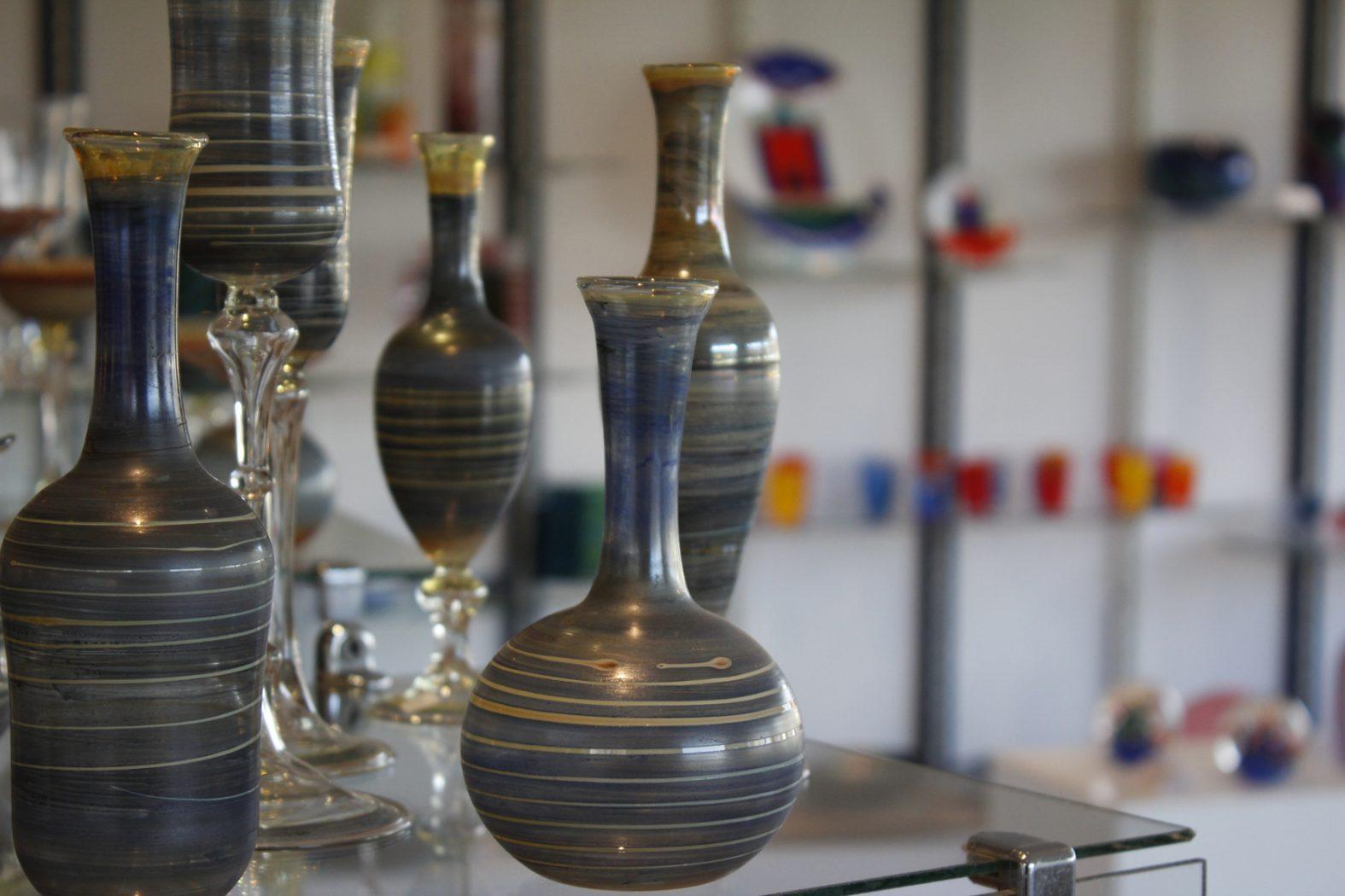 mundgeblasene Vasen von Georg Krasztinat